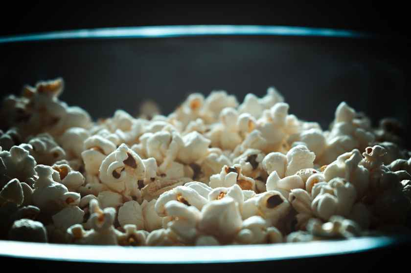 closeup photography of white popcorns